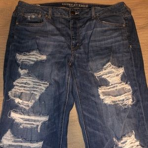 American Eagle Tomgirl destroyed distressed jeans